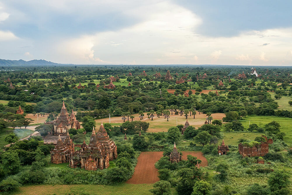 Top 6 Things to Do in Myanmar (that will make you fall in love with it) - Brogan Abroad