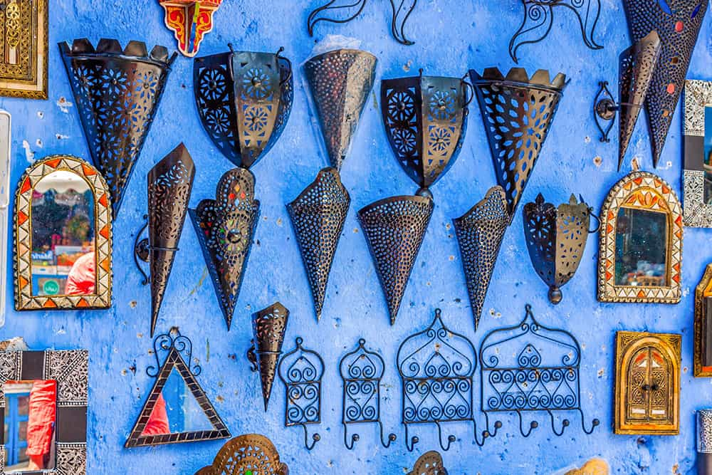 SHOPPING IN MOROCCO – 9 UNIQUE SOUVENIRS TO BRING HOME WITH YOU
