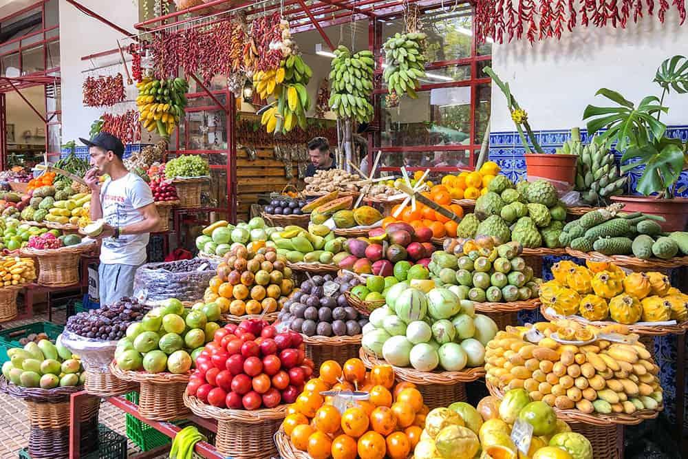 https://broganabroad.com/wp-content/uploads/2019/06/Mercado-dos-Lavradores-Funchal-Madeira.jpg