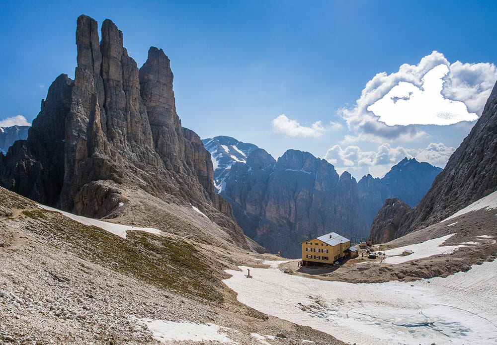 6 Of The Best Hikes In The Dolomites, Italy - Brogan Abroad