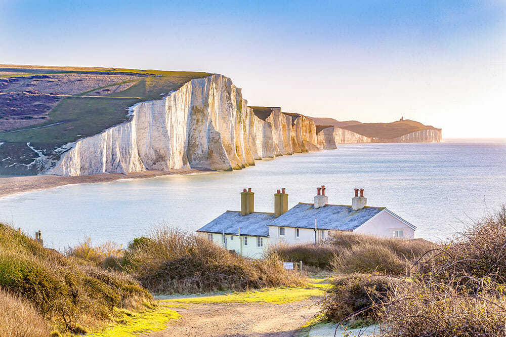THE MOST BEAUTIFUL WALKS NEAR LONDON YOU CAN REACH BY TRAIN